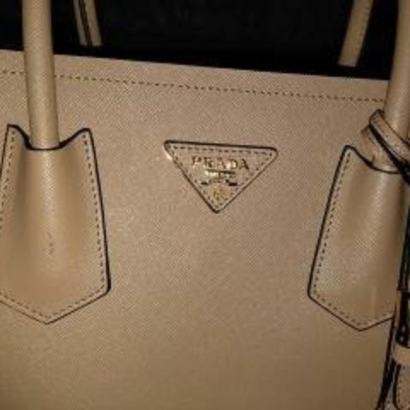 158bfa51fe4e PRADA Saffiano Cuir Tan Double Bag. M_5b0291af3800c55981459513